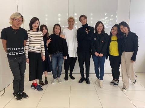 アイドル部門・陳楽逸が中国トップアイドル王一博のアシスタントを担当